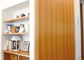 ビング飾り棚&取り合い引き戸