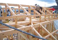 棟上げから屋根断熱工事