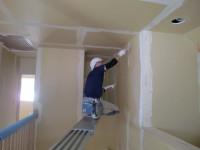 内装クロス工事の始まり